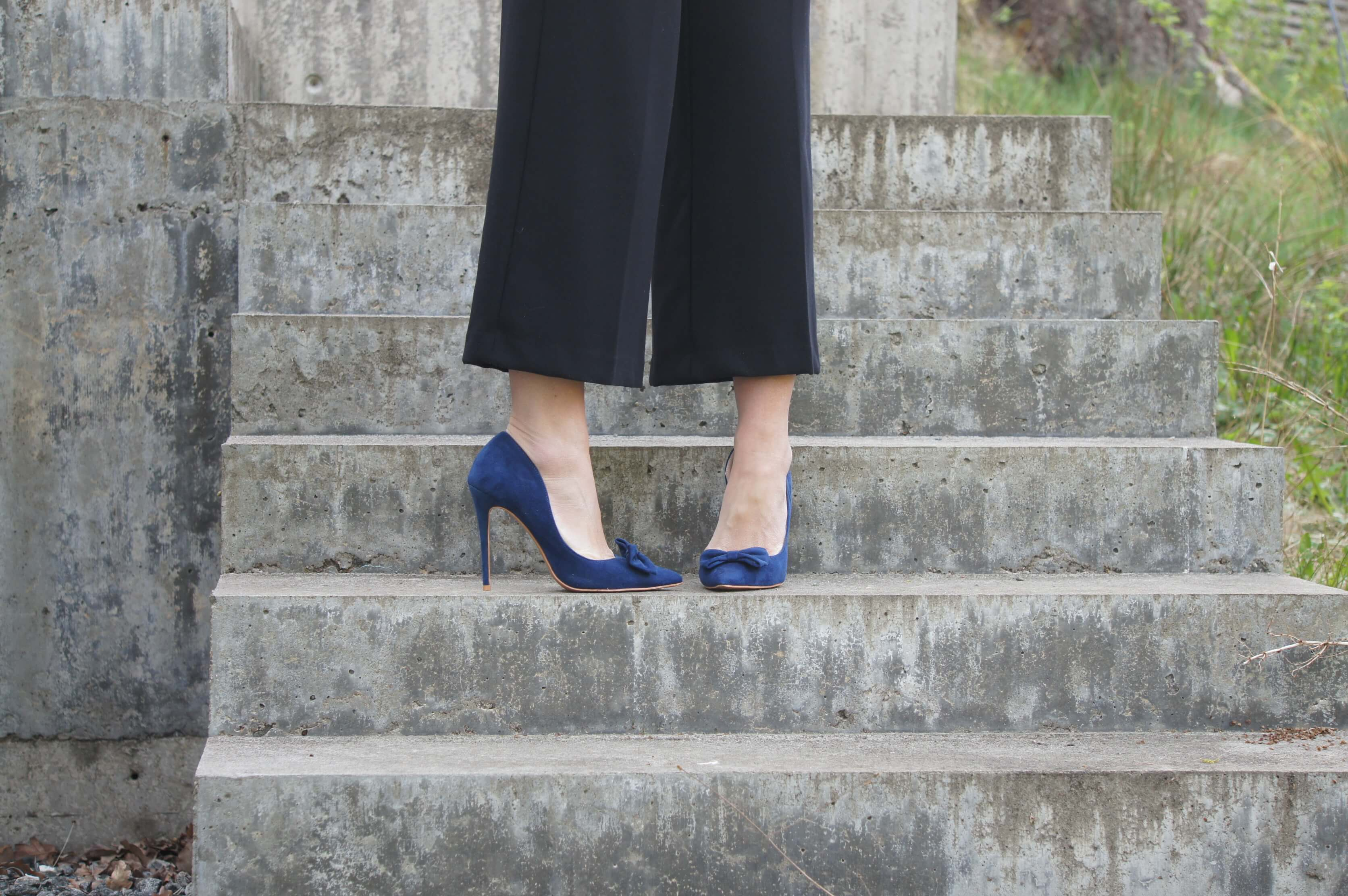 chichilondon, blue suede shoes, high heels, fashion, shoes